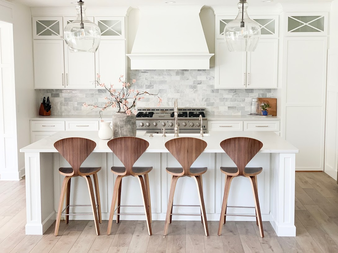 counter stools, wood counter stools, white kitchen, kitchen island with wood stools,
